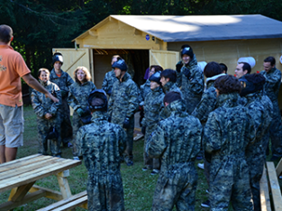 Paintball teamnbuilding