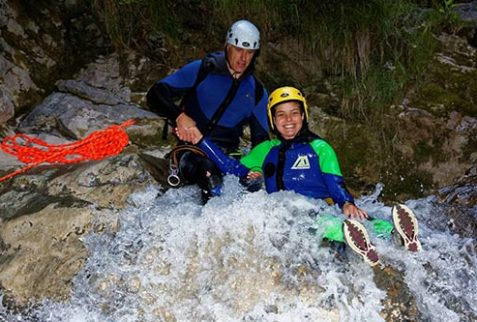 Teambuilding canyoning Annecy